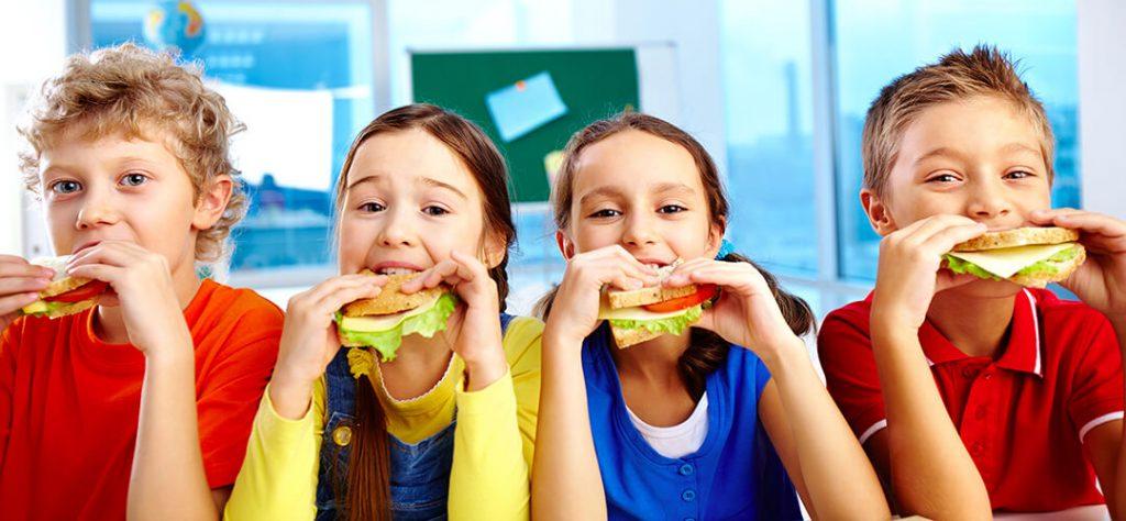 jedalnicek-mladych-ludi
